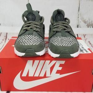 c50e00d1a089e Nike Shoes - NIKE Huarache Run Ultra Boy s River Rock Sneakers